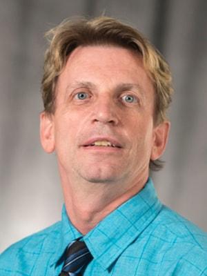 Daniel Symons