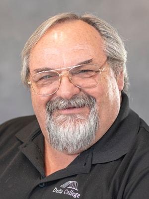 Harvey Schneider