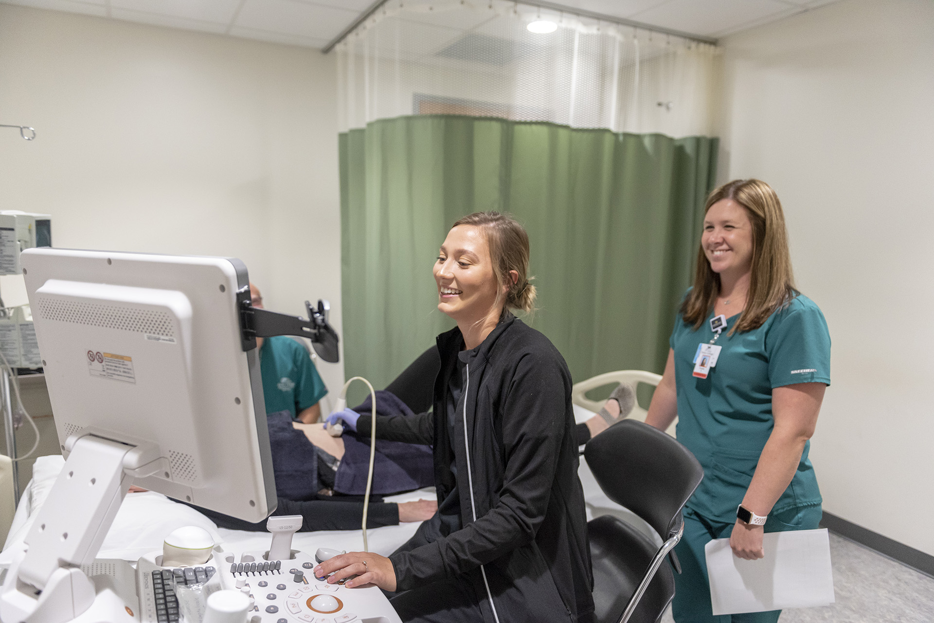 Students train in the sonography lab.